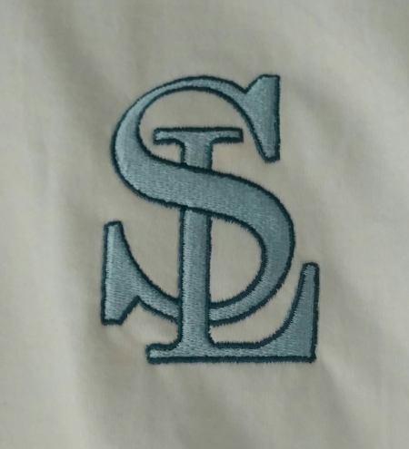 SL logo on tshirt